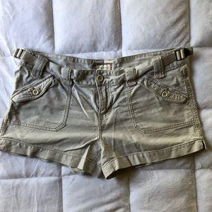Maurice's Khaki Shorts (Size 13/14)